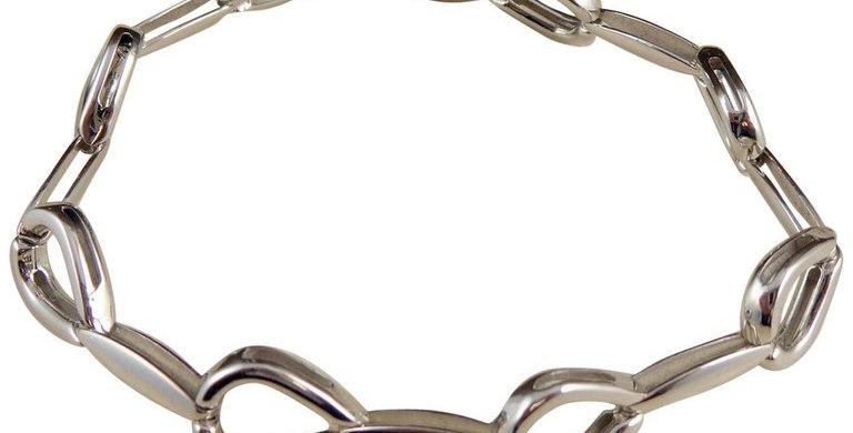 Modern white gold bracelet, horseshoe links