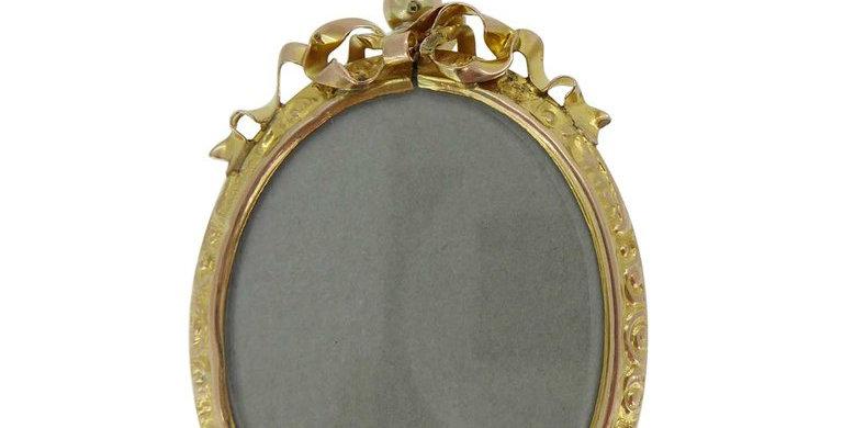 Antique Victorian Gold Picture Locket, circa 1890s