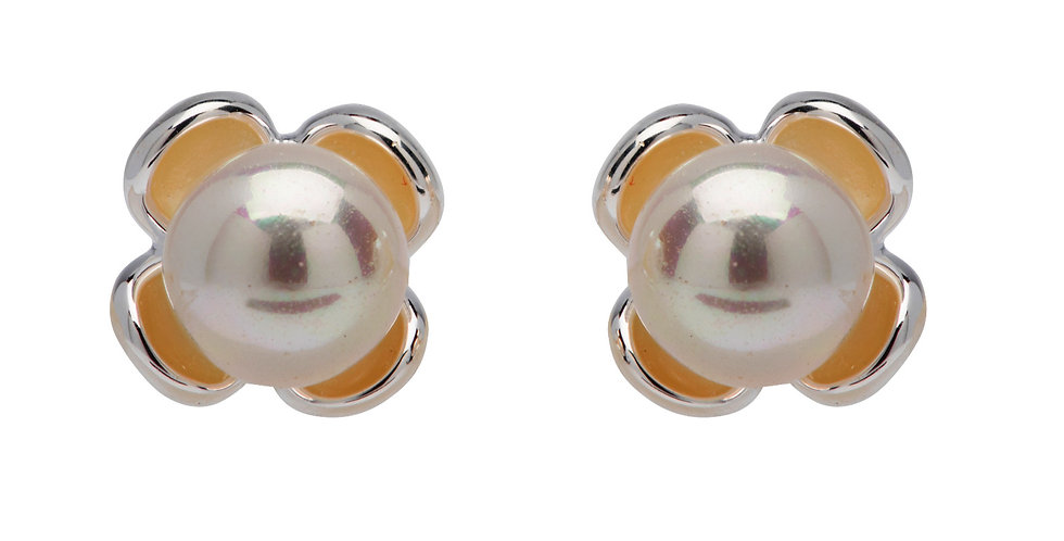 Retro Style Silver Stud Earrings in Flower Design with White Pearl Centre