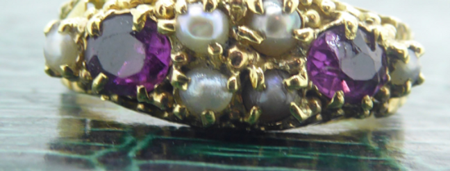Antique Gemstone Ring Set with Garnet Coloured Paste & Pearls  in 15ct Gold