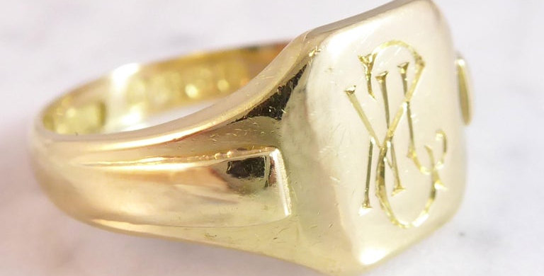 Vintage gold signet ring for men, side view
