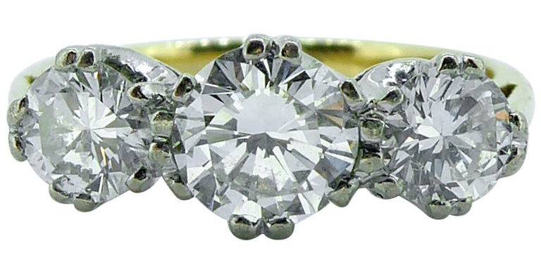 1.23 Carat Traditional Three-Stone Diamond Ring, 18 Carat Gold, Birmingham, 1991
