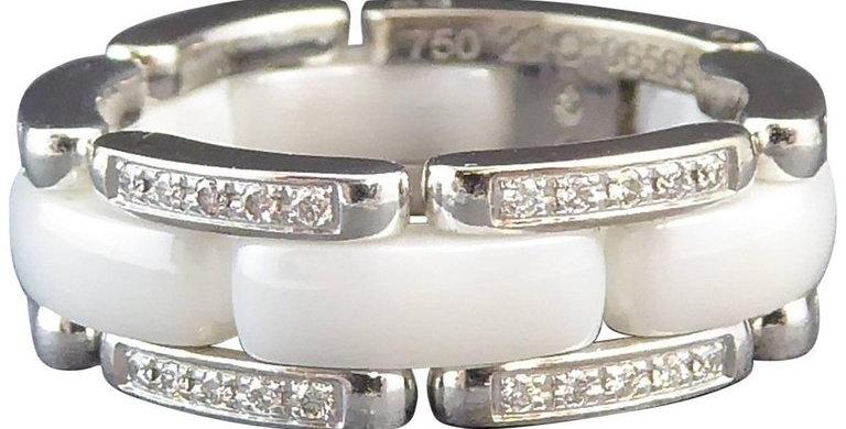 Pre-owned Chanel Ultra White Ceramic Diamond Ring, 18 Carat White Gold