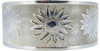 Vintage Silver Bangle with Daisy Flower Decoration