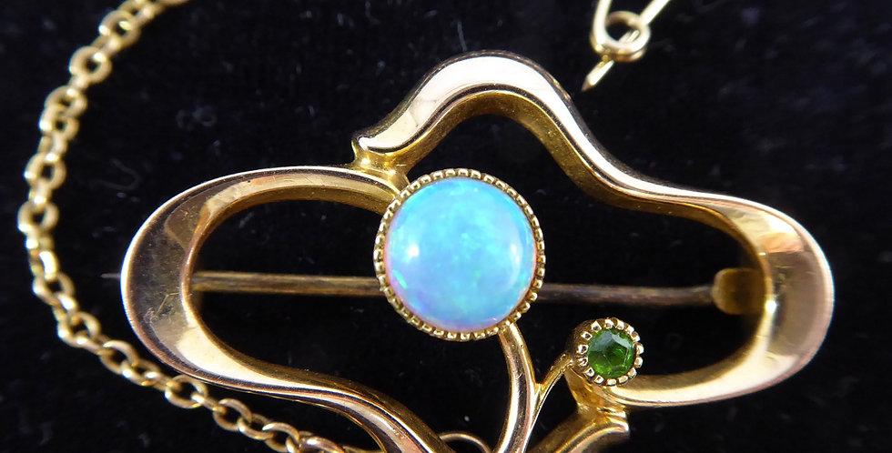 Art Nouveau Brooch Opal and Demantoid Garnet in 15ct Gold, Hallmarked 1908