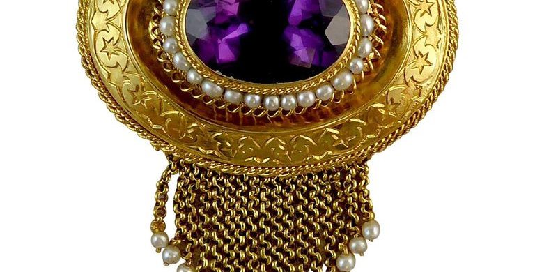 Antique Victorian Amethyst and Pearl Fringed Brooch, Circa 1860s, 18 Carat Gold