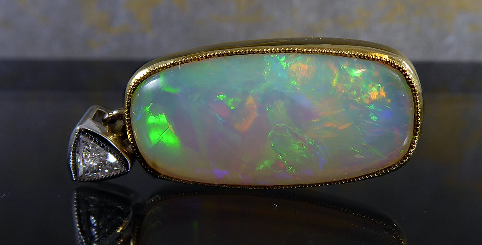 Pre-owned Opal and Trilliant Cut Diamond Pendant, 18ct Gold Sheffield 2003