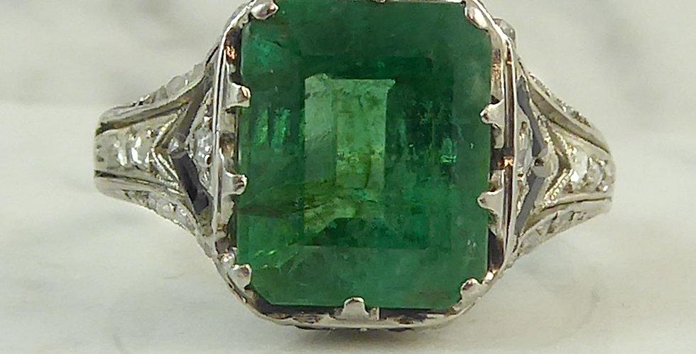 Art Deco Emerald and Diamond Ring, Circa 1920s 1930s, Platinum