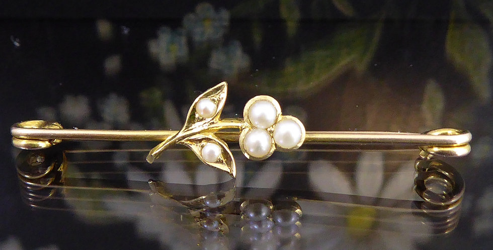 Antique Edwardian Brooch with Pearl Set Flower on Gold Bar