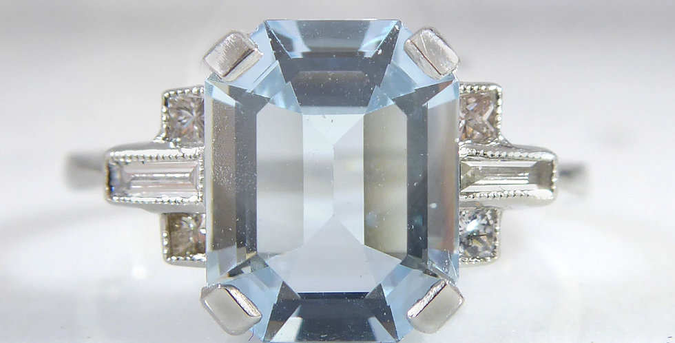 Art Deco Style 1.99 Carat Aquamarine and Diamond Ring, Platinum, Contemporary