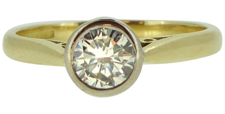 Modern Art Deco Style 0.50 Carat Diamond Solitaire Engagement Ring,
