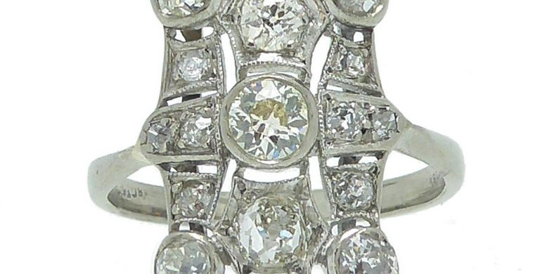 Art Deco Diamond Ring, 2.02 Carat, 18 Carat White Gold