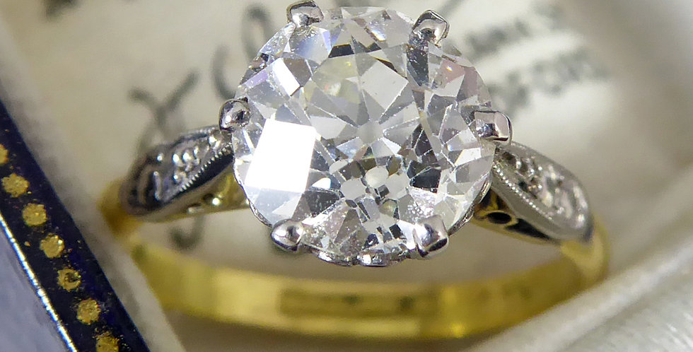 Vintage 1.70 Carat Old European Cut Diamond Ring