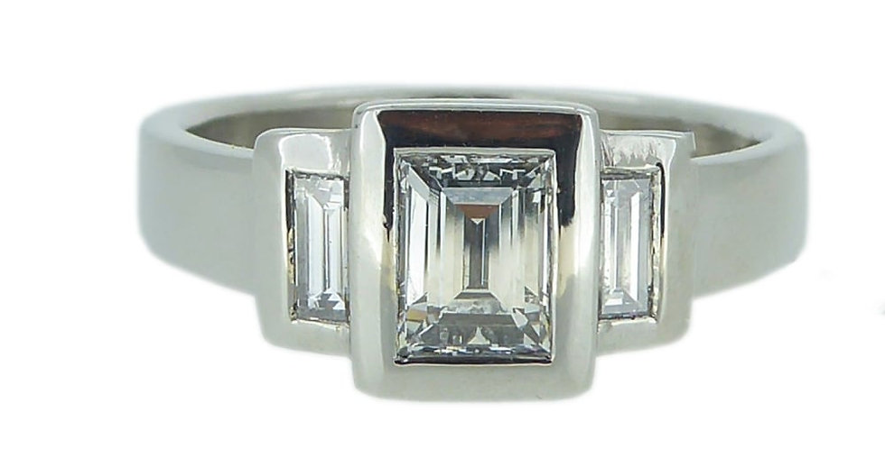 Pre-owned Three Stone 0.96ct Baguette Cut Diamond Ring in Platinum