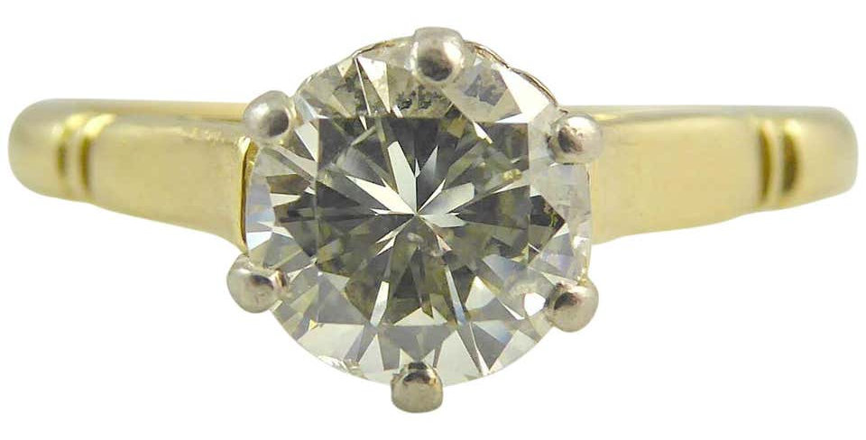 Vintage engagement ring with old cut diamond