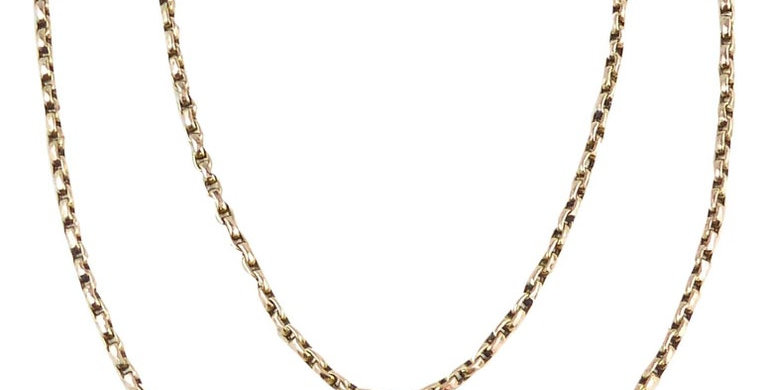 Victorian rose gold chain, front view