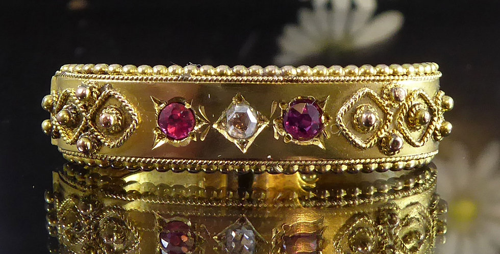 Antique scarf clip with ruby and diamond in Etruscan style