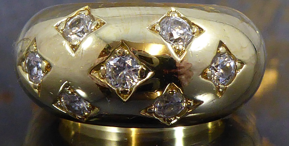 Vintage gold wide band scatter set with diamonds in square settings