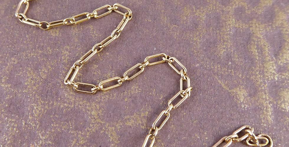 Antique Rose Gold Bracelet showing pattern