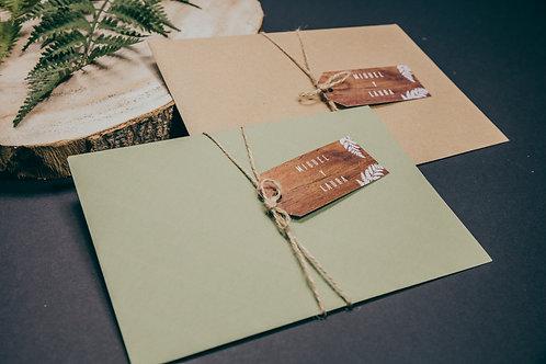 sobre kraft, sobre verde, invitaciones de boda madera, invitaciones de boda helechos, cordel