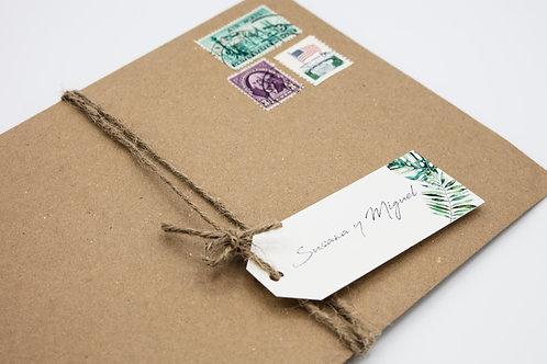 Sobre papel kraft, etiquetas personalizadas, sellos vintage, invitaciones de boda tropicales, invitaciones de boda vintage