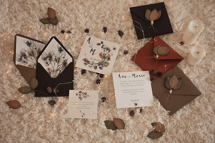 Invitaciones de boda estilo otoñal