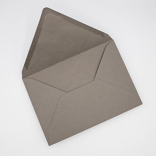 invitaciones de boda de papel vegetal, invitaciones de papel cebolla, invitaciones en blanco y negro, sobre gris