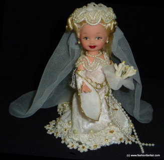 Medieval-bride-ooak-kelly-doll