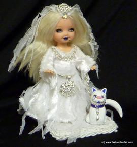 ghostly-ooak-kelly-doll