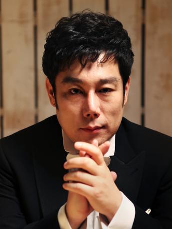 Jury-kyungJun Park.png