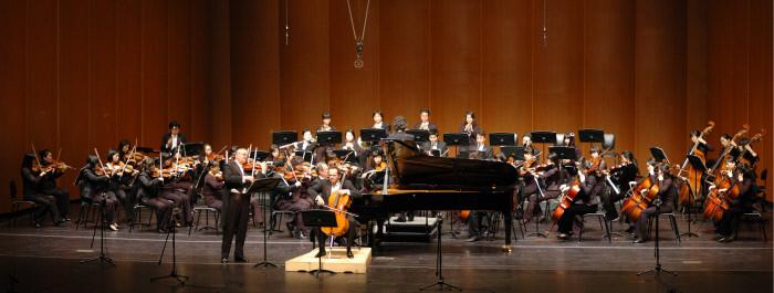 비엔나 국립음대 교수들과 함께 공연.jpg