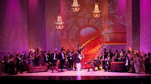 opera traviata-02.jpg