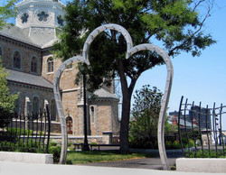 Mission Hill Arch1