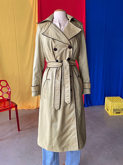 70s shimmery chartreuse trench // sz 8/10