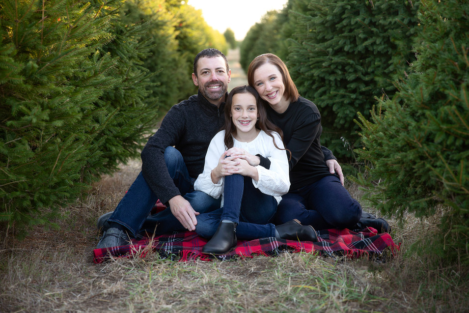 Family Winter Pictures.jpg