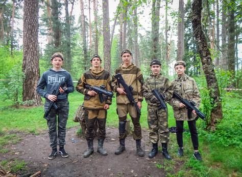 Турнир по лазертагу для участников до 16 лет, посвященный Дню Победы