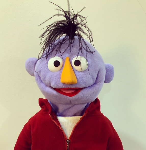 Pubbet 21: Egon Puppet with T-Shirt & Hoodie Outfit