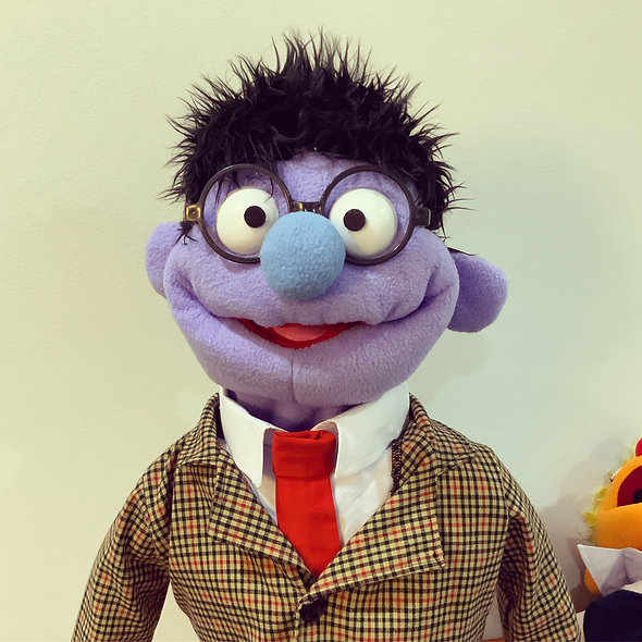 Pubbet 30: Gary Hand Puppet with Suit and Tie Outfit