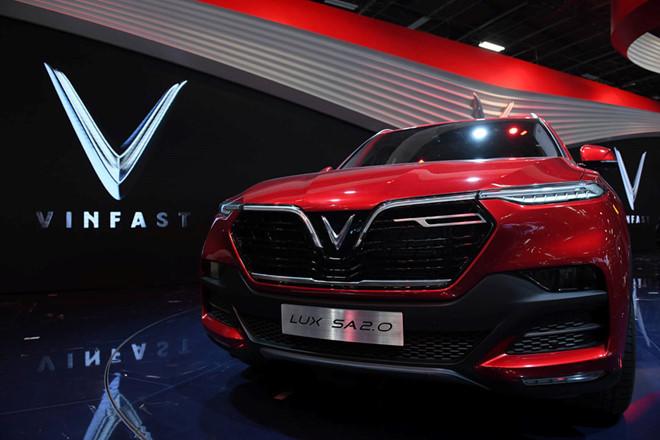 VinFast Lux SA 2.0 Top 8 Paris Motor Show