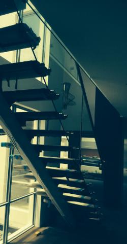 int mono stair G&HR