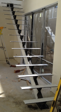 int powdercoated mono stair & Tplates