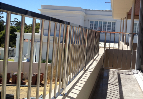 stainless vertical balustrade2