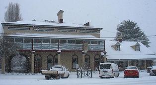 Snowed-in-Royal-Arms.jpg