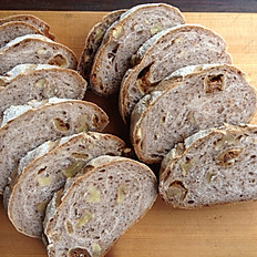 Wholemeal fig and walnut