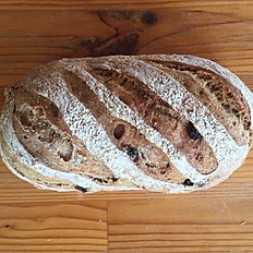 Wholemeal cinnamon raisin