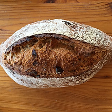 Wholemeal, rye, dates and fennel