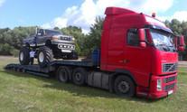 Transport Monster Truck'a (wymiary ładunku: 7,27 x 2,83 x 3,25m waga: 6,2t)