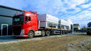 Transport dwóch maszyn przemysłowych do laminacji. (wymiary ładunku: 12,20 x 3,20 x 2,80m waga: 17,2t)
