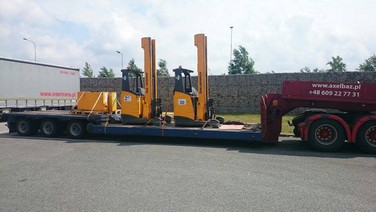 Transport wózków widłowych typu Reach Truck. (wymiary ładunku: 5,57 x 2,20 x 3,47m waga: 8,2t)