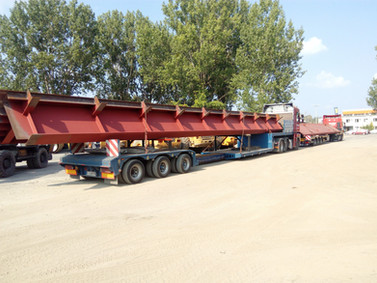Transport elementów mostu (wymiary ładunku: 19,80 x 2,50 x 1,80m waga: 20,5t)